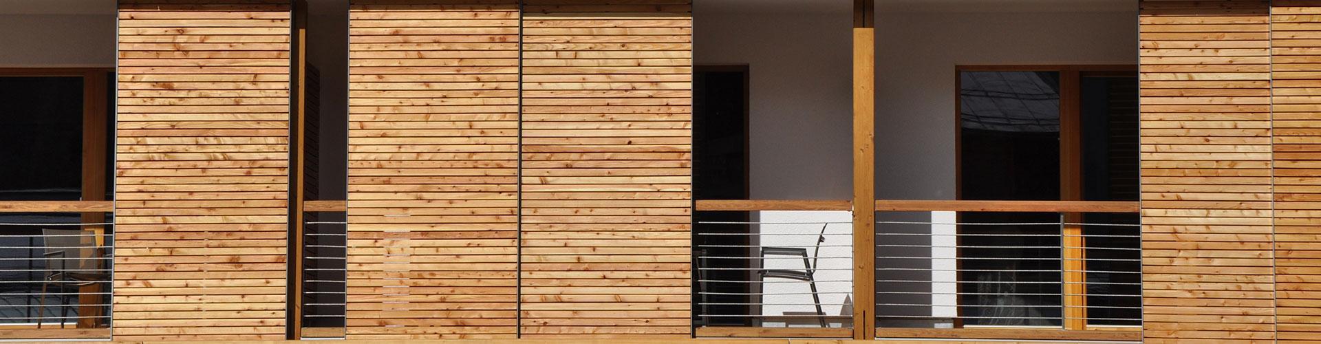 Balkon Schiebeläden-Holz-Alurahmen